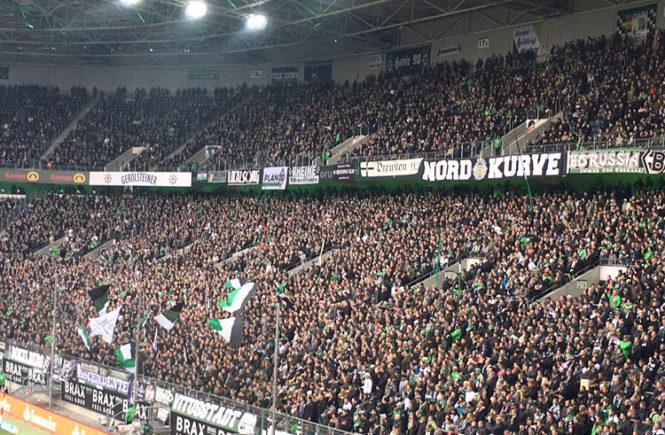 Fußball - Borussia Mönchengladbach Nordkurve
